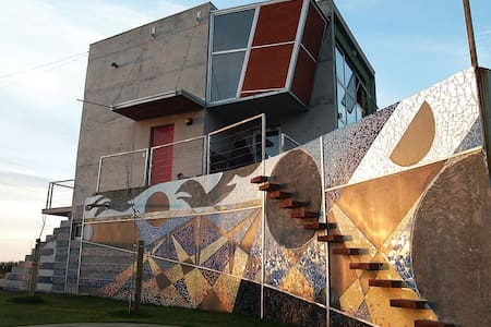 Hermosa Casa de diseño frente al mar - Maule - Coronel - Rumah