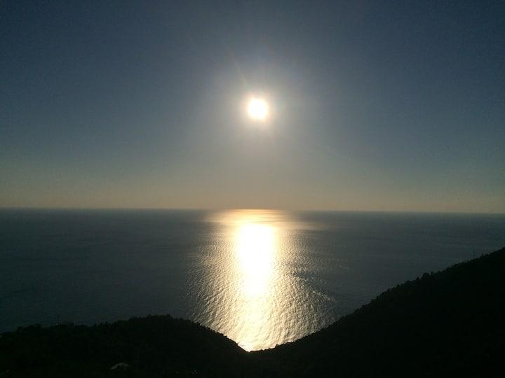 House sea Montaretto-Cinque Terre
