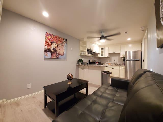 Private Entrance Studio Self Check In Full Kitchen