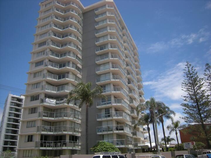 Apartment with Beach views