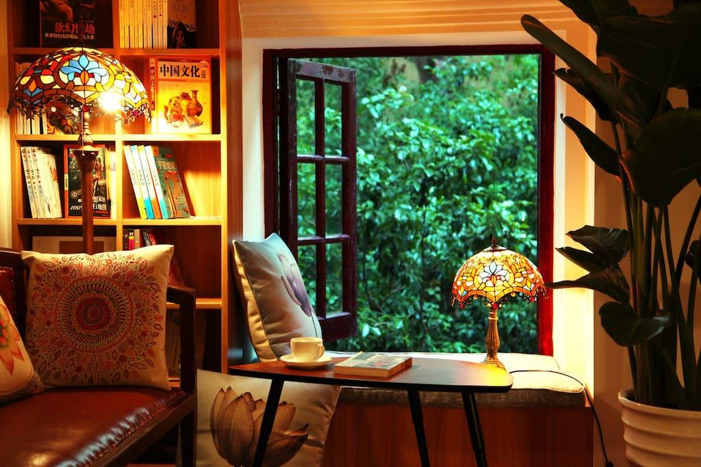 2层窗台区域