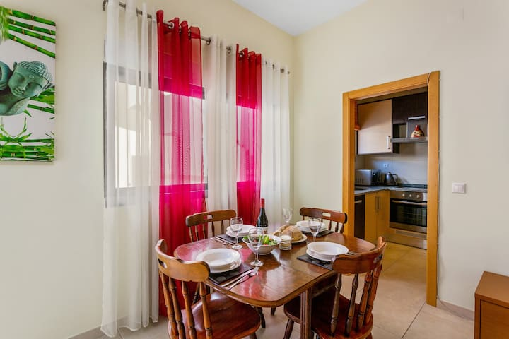 The dining area with cable TV and dedicated Wi-Fi access.