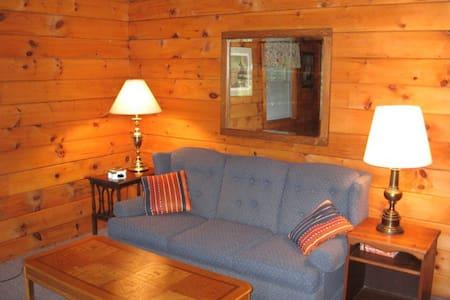 Cabin 13: Logs & Dogs - Barnet
