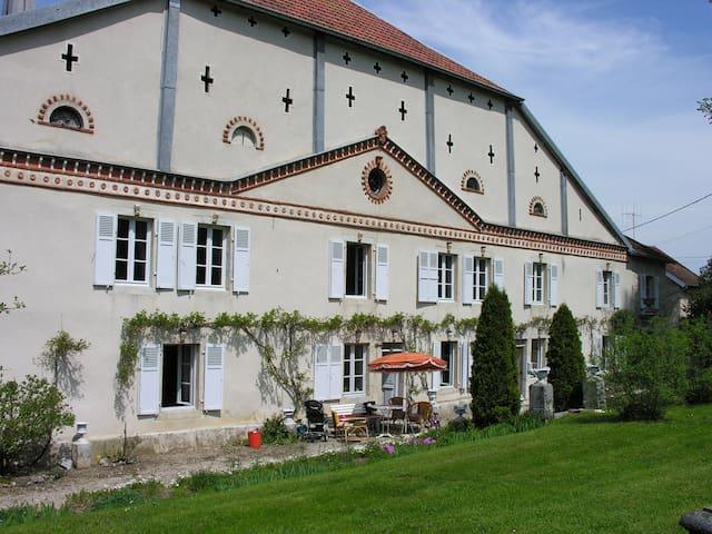 Maison Comtoise Haut Doubs. - Bians-les-Usiers