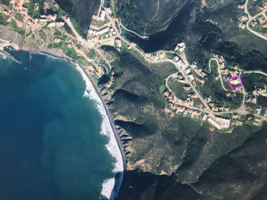 Location of Casa Vida - 15 minutes walk to the beach and local restaurants
