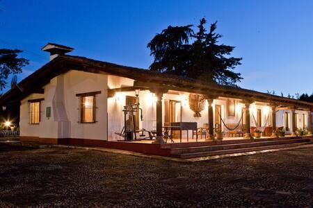 Villa del Lago - Pátzcuaro - 別荘