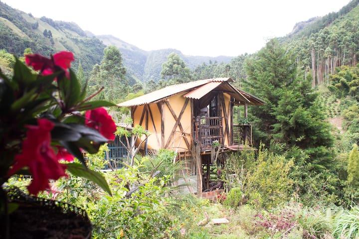 Casa Sol Y Montaña, Habitación en el Jardín