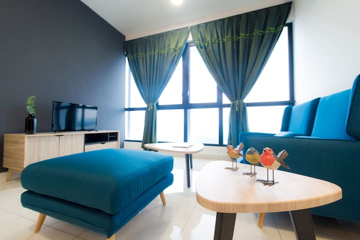 2BR@ legoland @ Econest 3 aircond 4to6 pax.