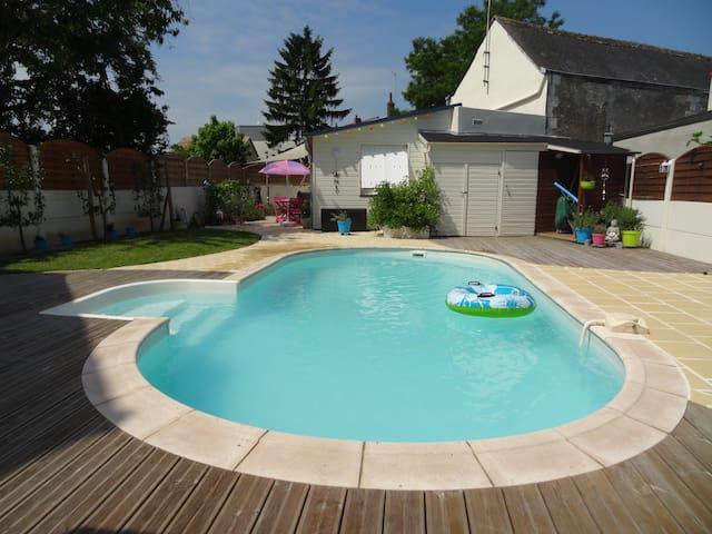 Studio près Botanique avec piscine - La Riche - House
