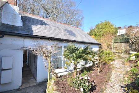 Wild Lily Cottage - Praa Sands - Ev
