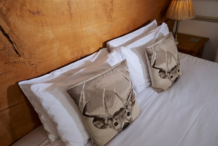 Verderers - Super King or Twin bed - Ground floor
