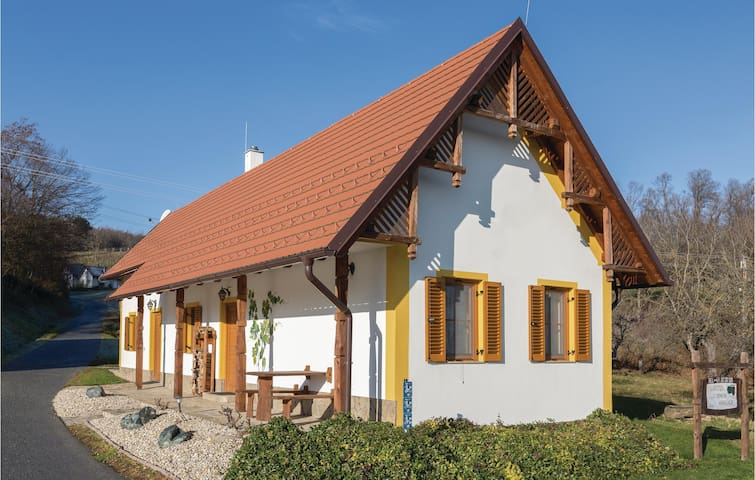 Holiday cottage with 1 bedroom on 50 m² in Gaas