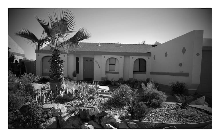 Palm Springs Bungalow w/Pool & Spa - Palm Springs - Haus