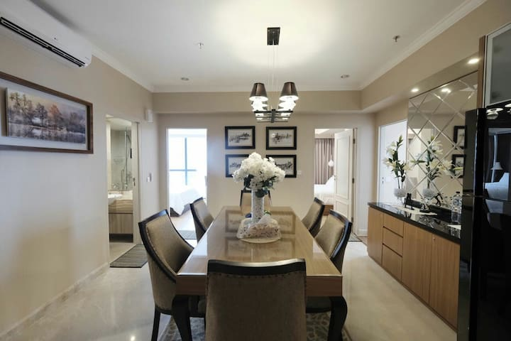 The Peak Apartment in Surabaya with 3 Bedroom