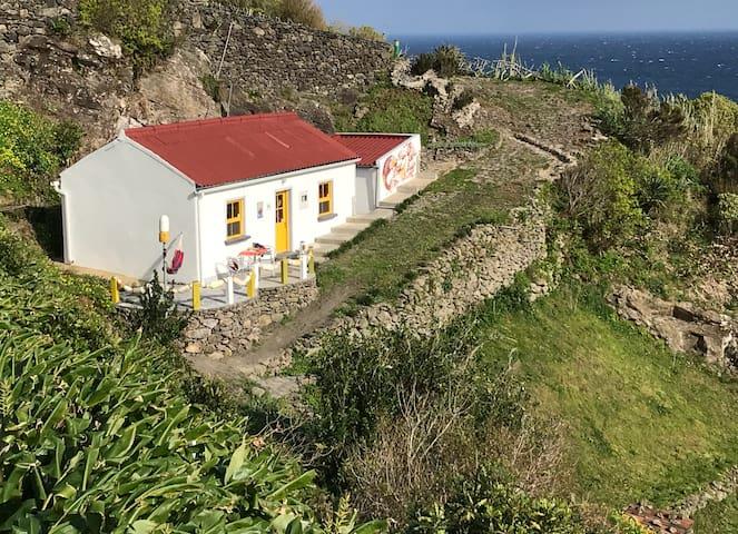 Casa Pedras Brancas ocean view&WiFi&heaters&airdry