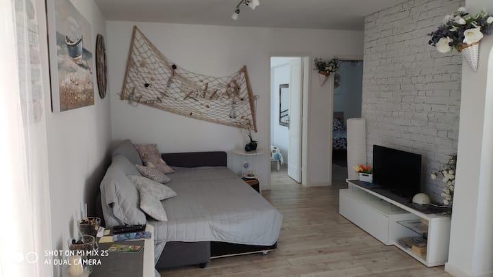 Centralissimo  e nuovo appartamento a 200 m mare