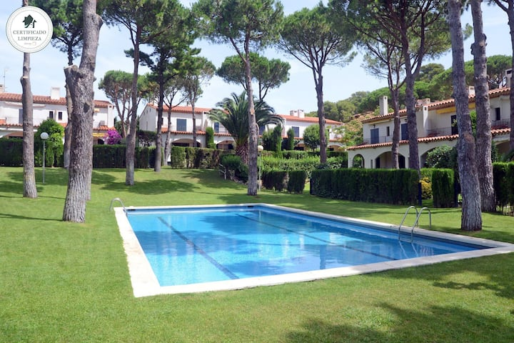 FARENA-attached house community pool-Llafranc-Costa Brava