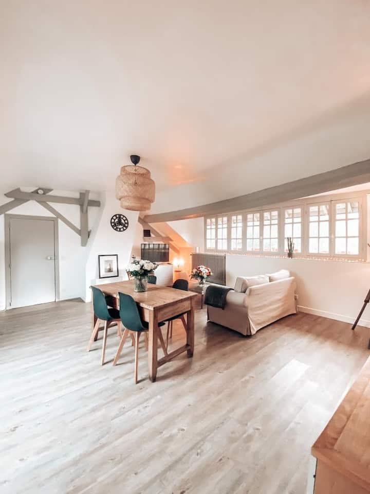 """Chambre privée """" Val d'isère """" dans une maison"""