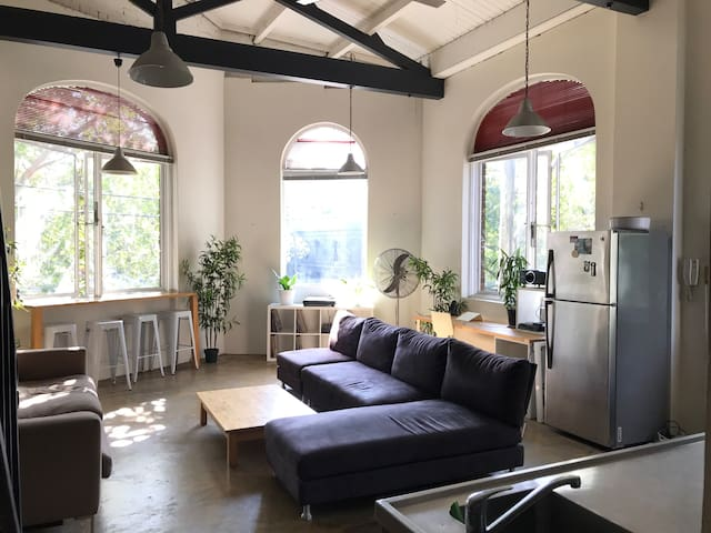 Converted warehouse in the heart of Surry Hills