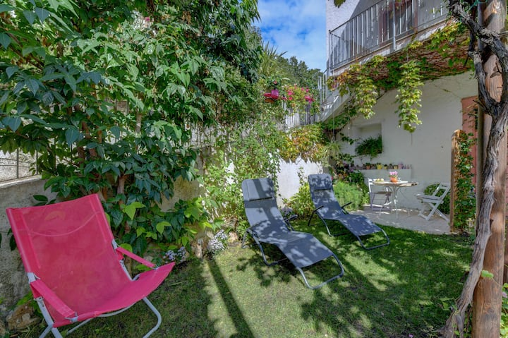 "Rustic and Charming Apartment ""Regina del Lago - Mono Calicanto"" High Above Lake Garda with Spectacular Lake View, Garden, Wi-Fi and TV; Parking Available, Breakfast at Extra Charge"