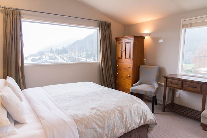 Queenstown House B&B - Superior Twin