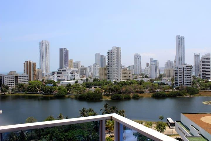 Apartamento con hermosa vista al mar y al lago