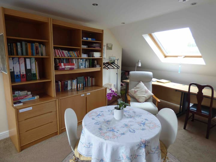 Self-contained studio with continental breakfast