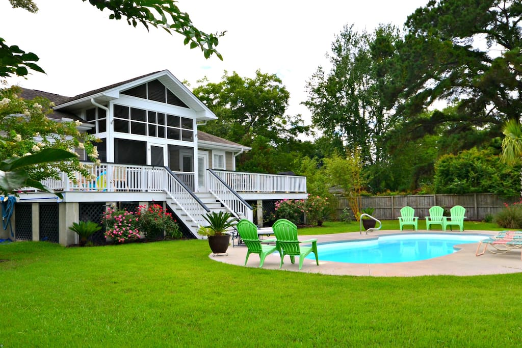 Come enjoy the private pool in the 5 BR / 4 BTH lovely one level home.
