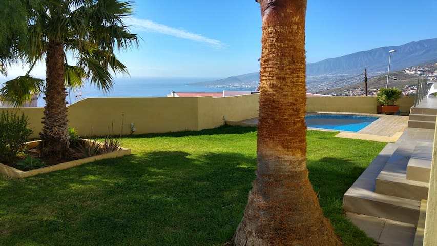 Beautiful house with private pool and great views - Santa Cruz de Tenerife - Haus