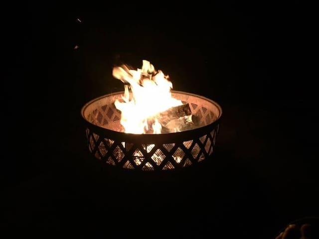 Late night soothing campfire beside the cabin.  Big sky star-gazing at its best.