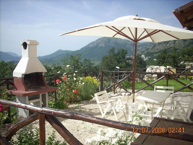 house in the mountains - Rocca di Cambio - Wohnung
