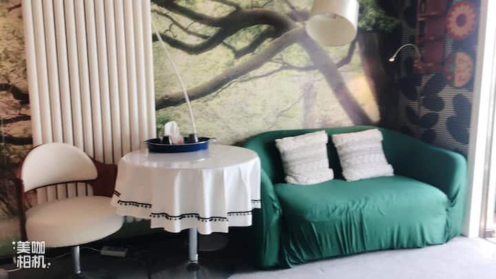 汐纯北欧公寓