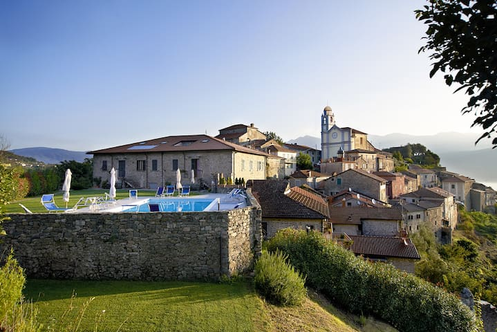 Lime Apartment in Lunigiana