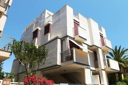 Triplex 2 steps away from the beach - Xilxes - Şehir evi