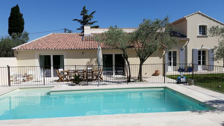 jolie maison en Provence. - Sérignan-du-Comtat - Villa