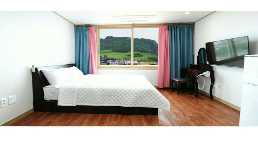 일출봉의 아침[12평 침대방] - Seongsan-eup, Seogwipo-si - Apartment
