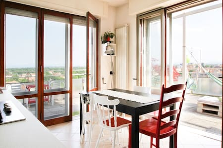 A terrace between lakes & Expo 2015 - Busto Arsizio - Appartement