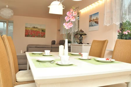 Luxurious 200 sq maisonette - near SAP - Walldorf - Dom