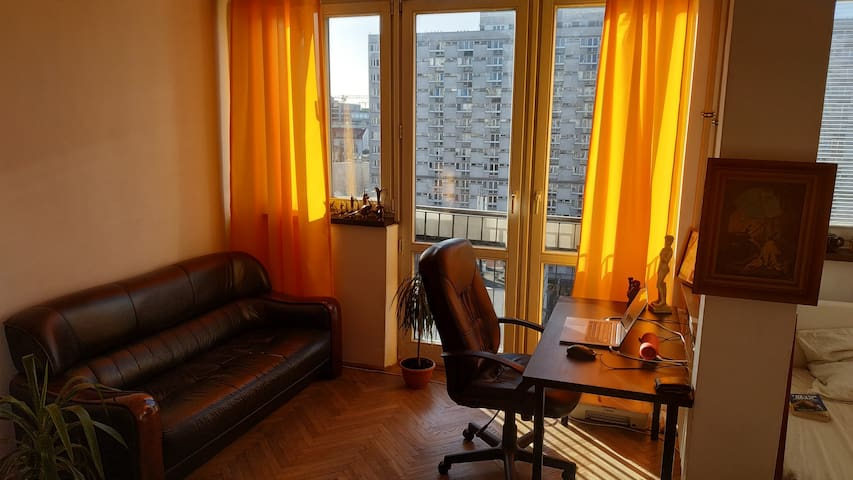 Studio in the center of Warsaw at 10th floor!