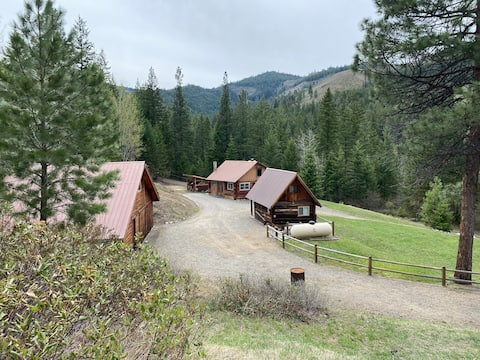 Rustic log Cabin with log cabin Bunkhouse.