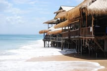Visit around: Balangan beach in high tide