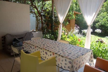 quiet with private garden - Punta Ala - House
