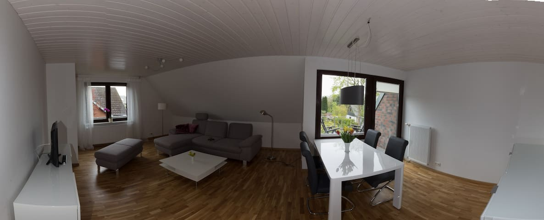 Große, sonnige und ruhige Wohnung - Dobersdorf - Flat