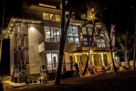 SeaLaVie by the beach Room #3 of 3 - Villa