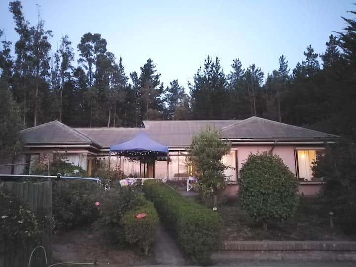 Amplia casa 5d+3b piscina/quincho ->Tranquilidad