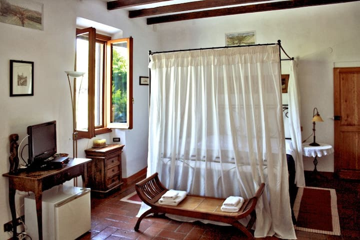 Salcio room in B&B La Martellina - San Jacopo Al Girone - Bed & Breakfast