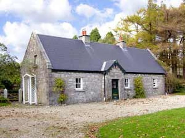 Romantic Wicklow Retreat - Wicklow - Hus