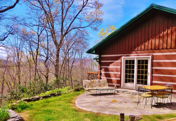 Private Cabin in Black Mountain 20min to Asheville
