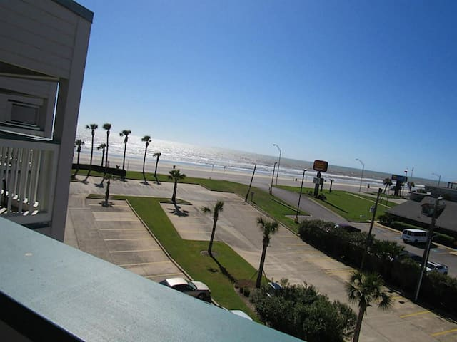 TEXAS PARADISE BEACHFRONT CONDO SEAWALL BLVD - Galveston - Lejlighed
