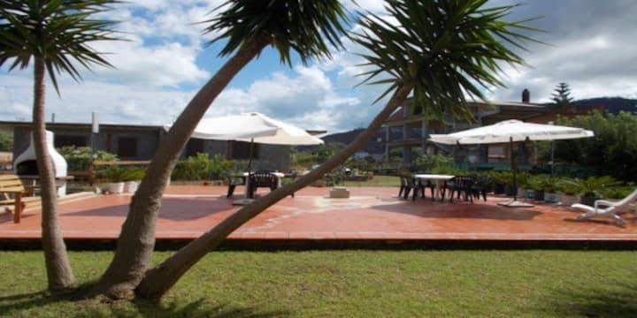 Capo d'Orlando, piano terra, giardino attrezzato